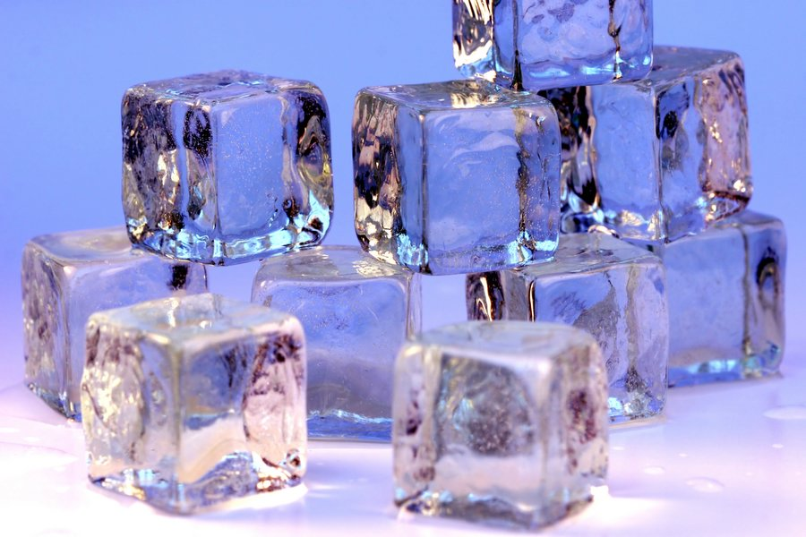 Ice_cubes_